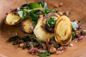 Salada morna de agriao e pupunha Sabores do Brasil
