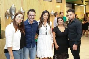 Caroline Veneziane, Dimas vilas, Ana Laura, Lívia e Junior Matuno